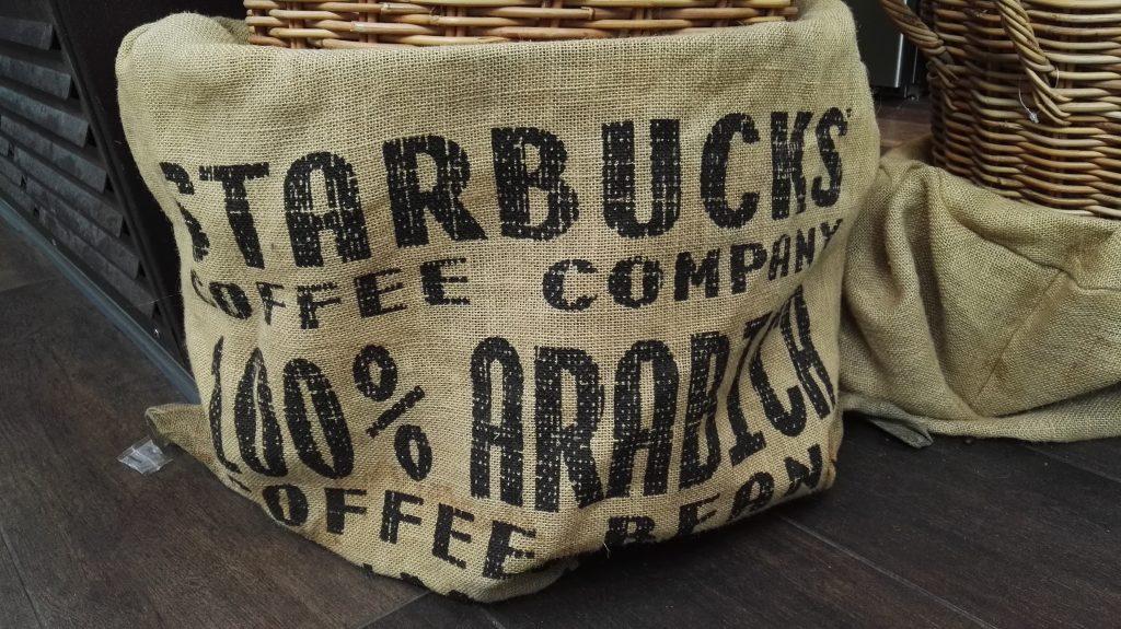 Deko in Starbucksfiliale